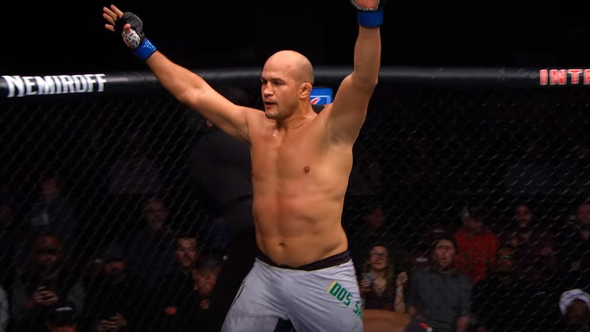 Junior Dos Santos Gets An Opponent For UFC 252!
