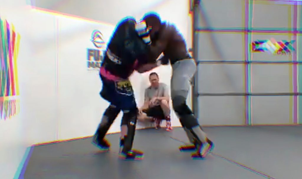 (VIDE) UFC Stars Sparring: Gaethje And Usman Bombard Each Other With Blows To The Body