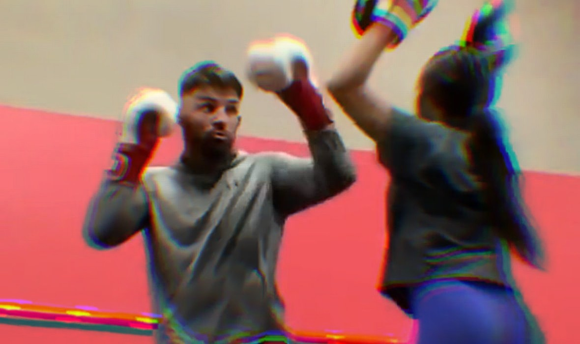 (VIDEO) Perry Wasn't Kidding: His Only Training Partner Is His Girlfriend