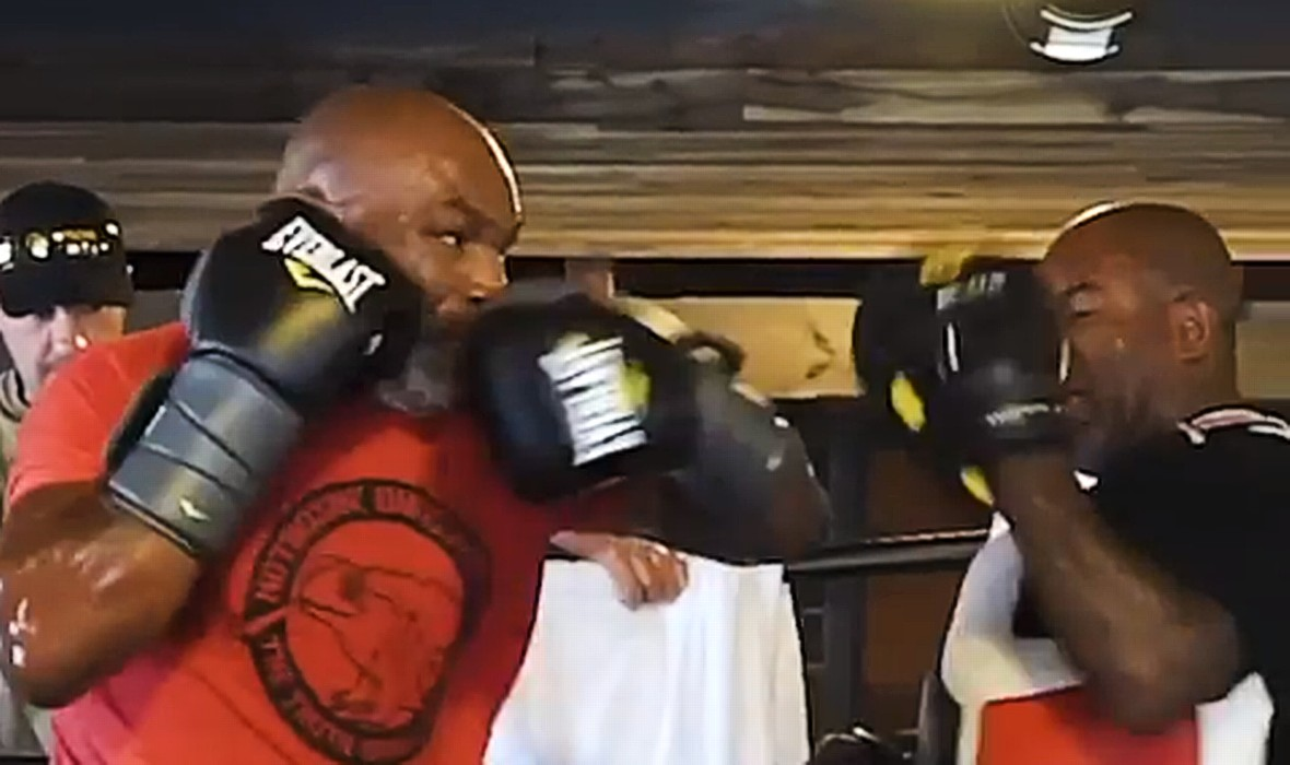 (VIDEO) Millions Watched New Footage From Tyson's Preparations: Iron Mike Is Even Faster And More Brutal!