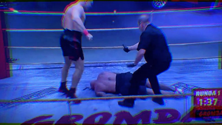 Bare Knuckle Heavyweight Named 'Tyson' Puts Opponent On a Stretcher After a Sickening Knockout