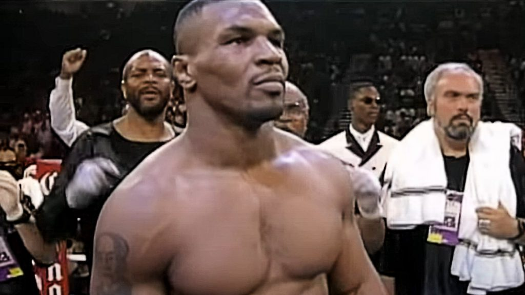 (PHOTO) Transformation Of Famous Actor For The Role Of Mike Tyson: 'People will chase me down the street'