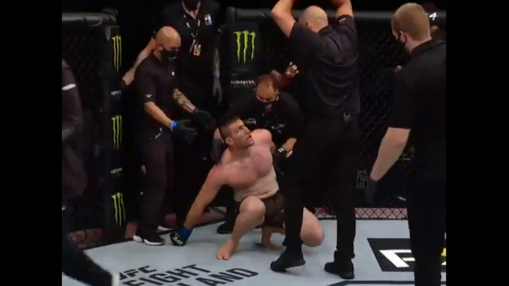 (VIDEO) Watch The Unusual Stoppage Of The Match And The Moment When The UFC Fighter Almost Fell Out Of The Cage