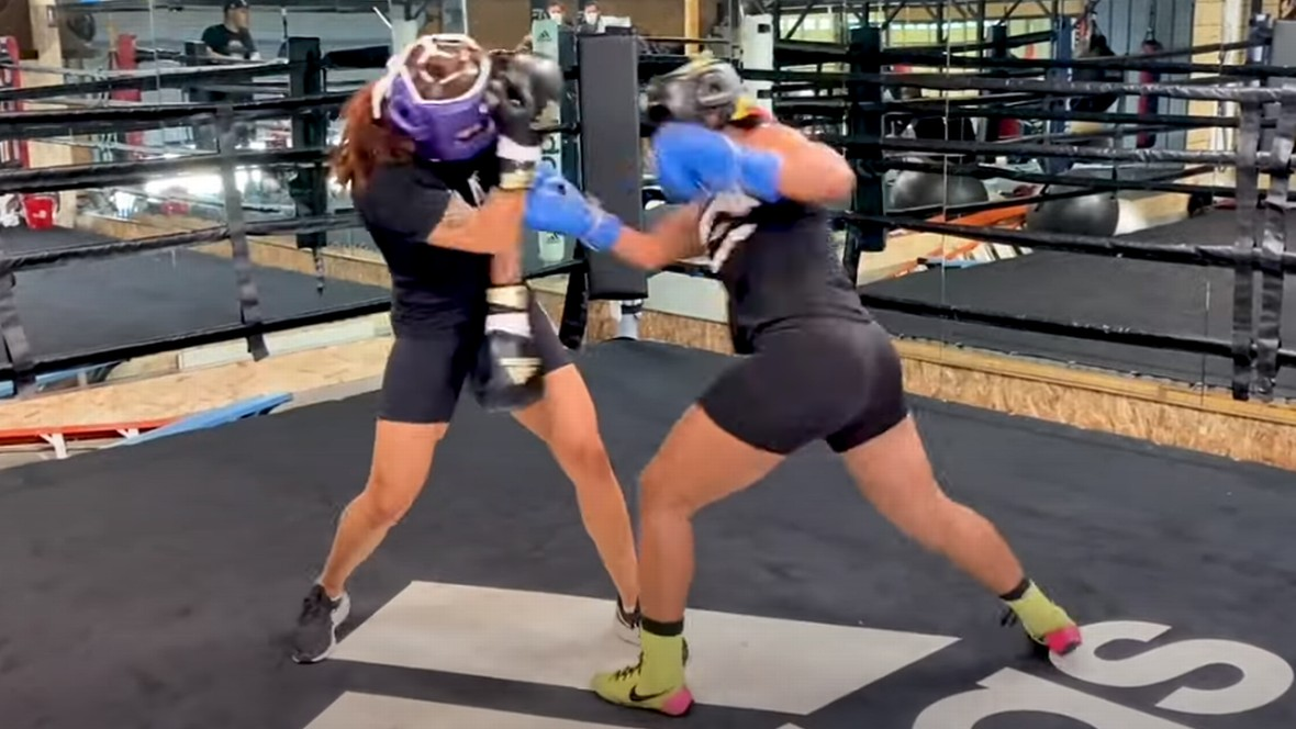 (VIDEO) Watch Fierce Boxing Sparring Between Cris Cyborg and WBA Champion!