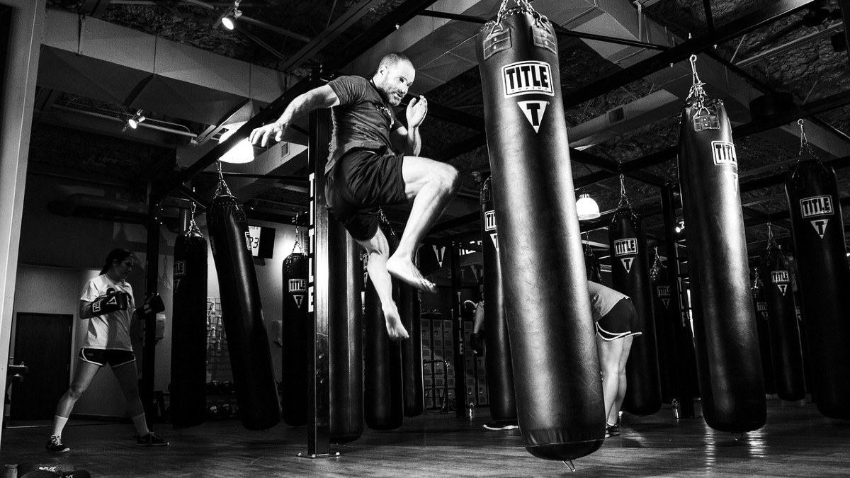 Martial Arts vs Going to the Gym: Is It Better Than Weightlifting?