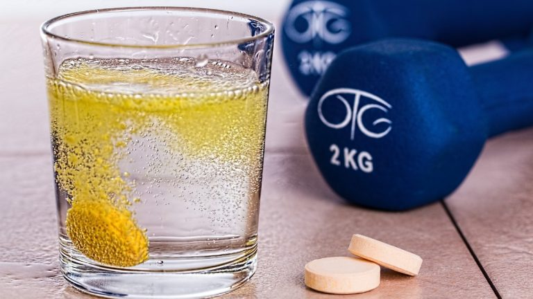 Best Supplements For MMA Fighters and Other Combat Sports [2021]