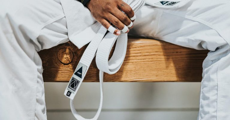 Tiger Claw 6 Oz Essential Karate Uniform Review [2021]